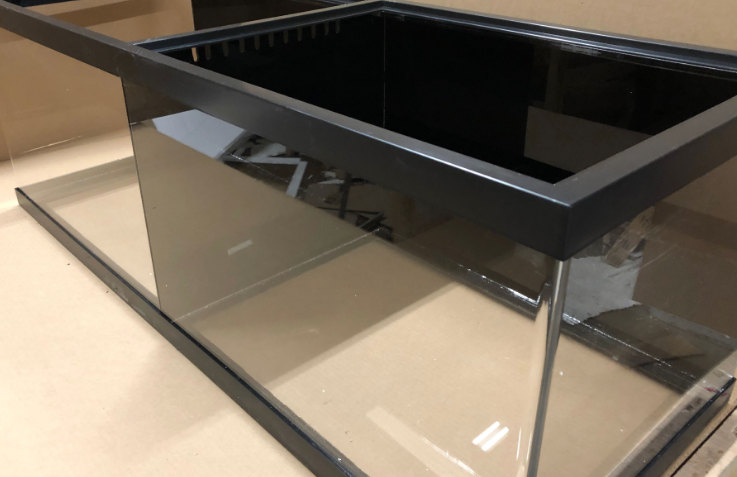 220 gallon acrylic tank with divider